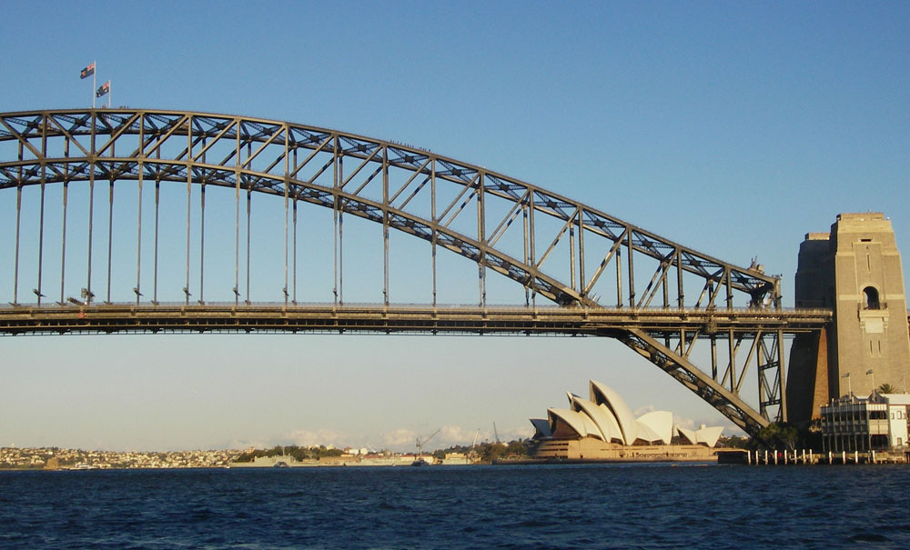 Sydney Harbour Bridge och Sydneys operahus
